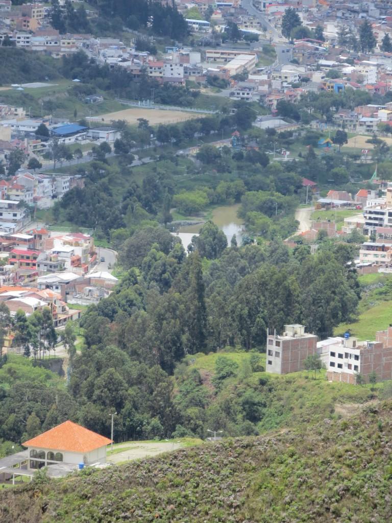 Parque La Tebaida as seen from the ridge of the Parque Universitario (PUEAR).