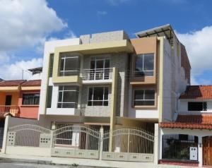 Apartment Building in Loja