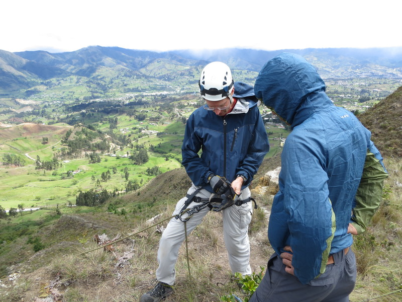 Rappelling with LojAventura